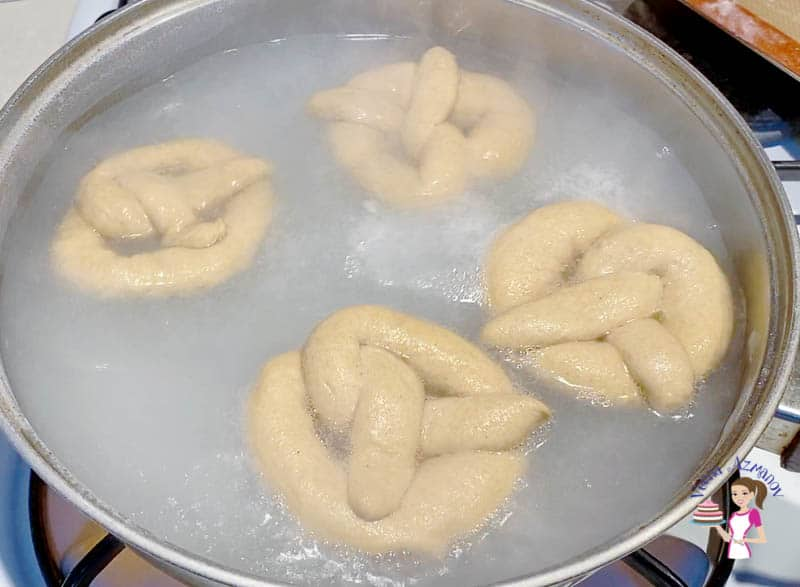 Easy homemade Pretzels made wit Whole Wheat Flour