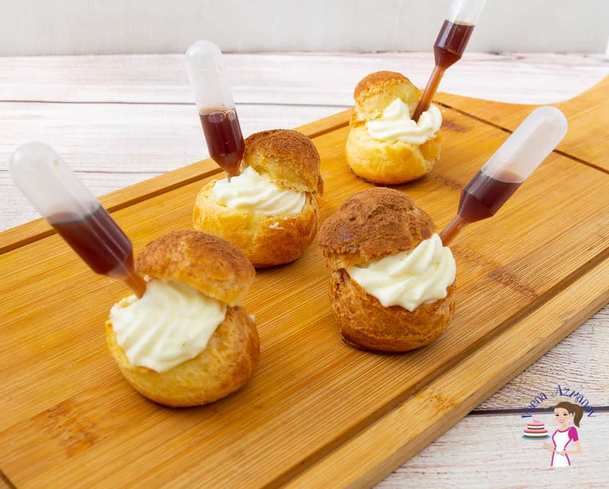 How to make cream puffs with mascarpone cream and coffee Tiramisu