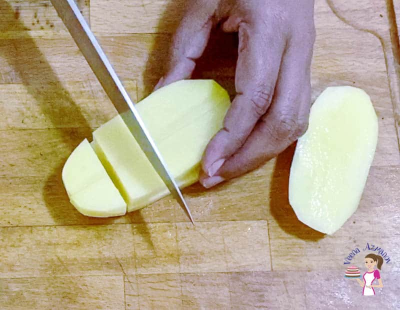 Cut the potatoes to 1 inch cubes