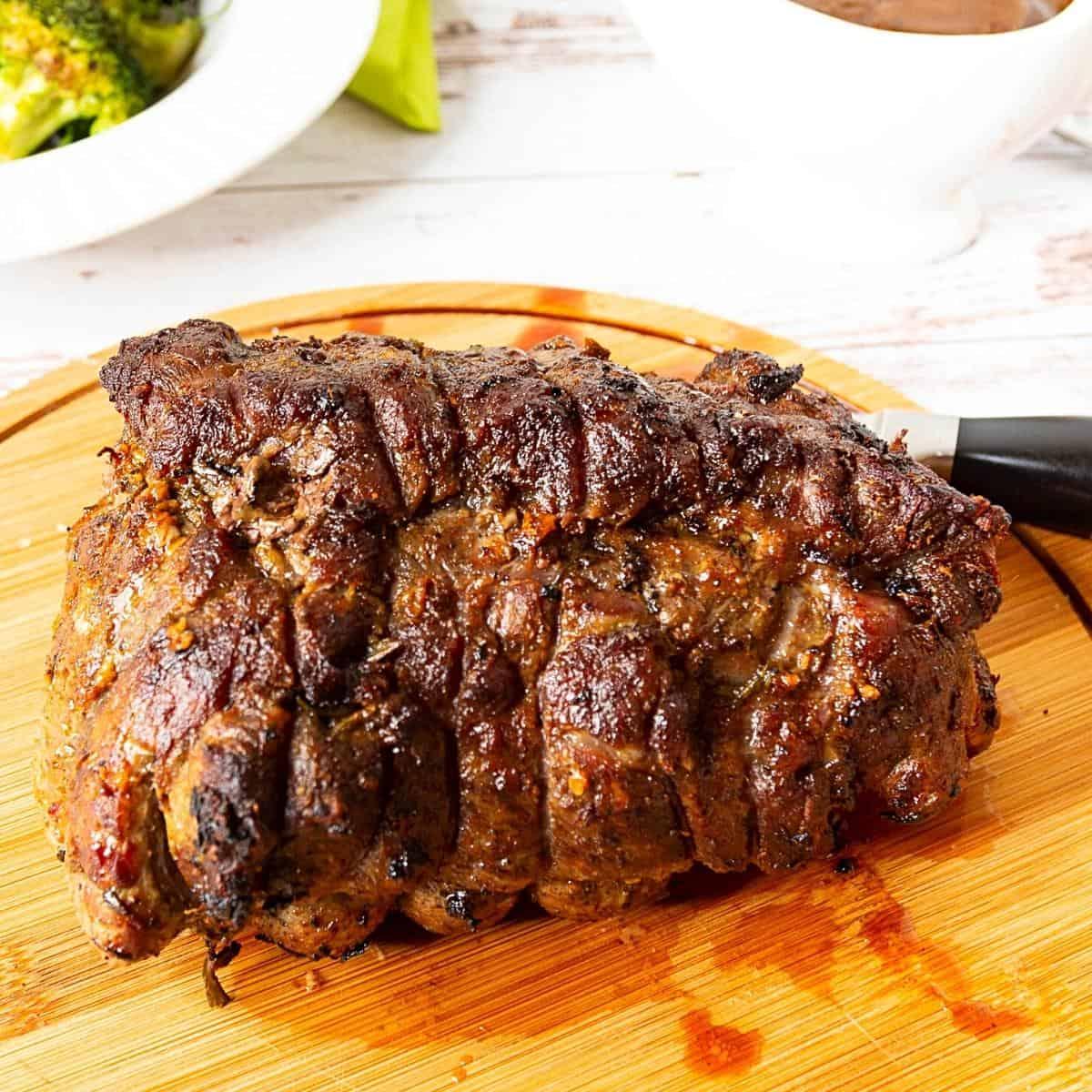 Beef roast chuck on a serving platter.