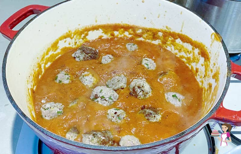 Add the meatballs in the tomato sauce