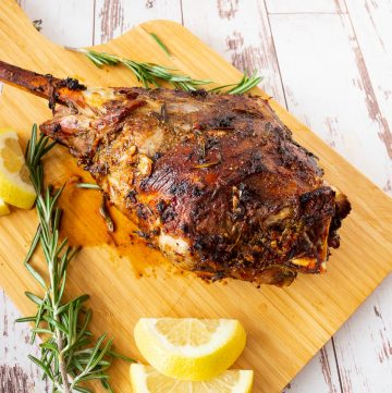How to make a perfect roast lamb leg or shoulder
