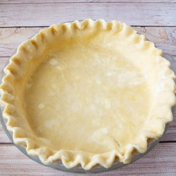 A unbaked crust for pies