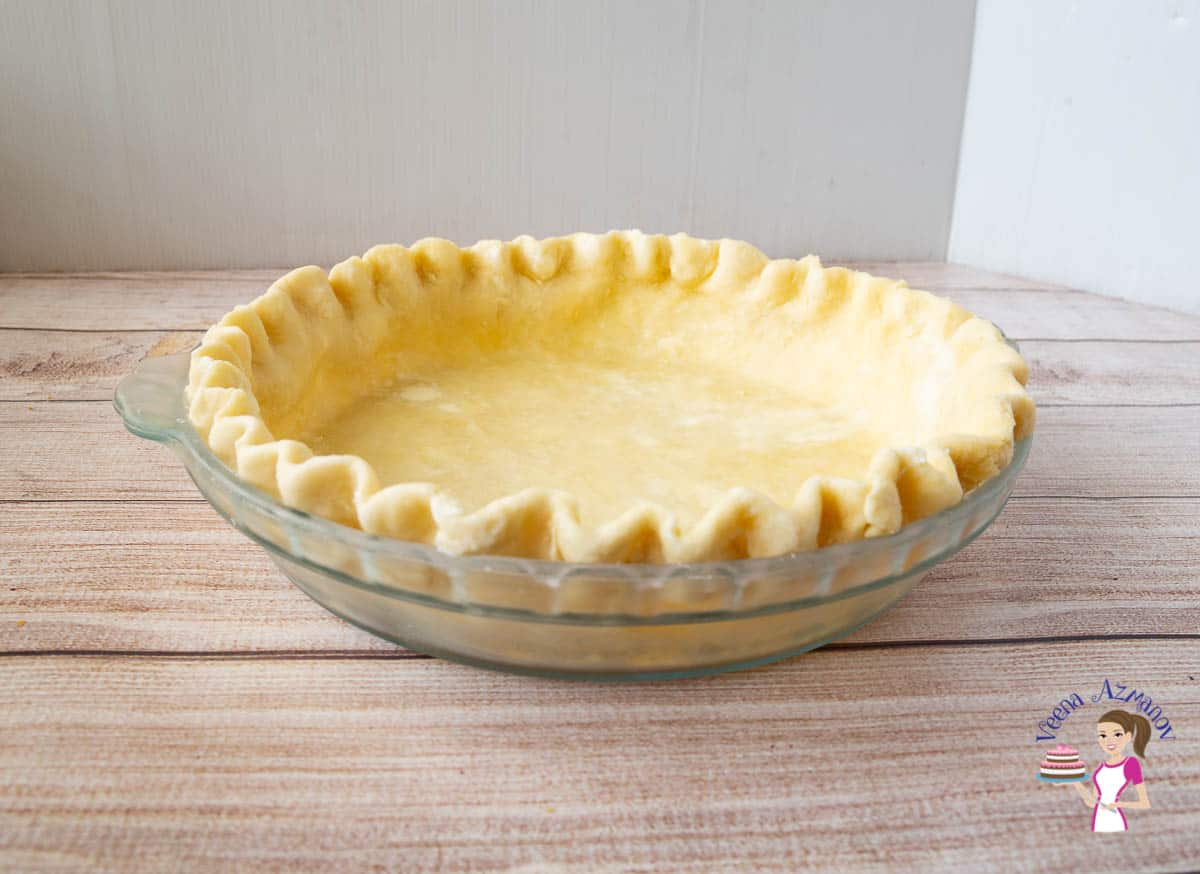 A crimped crust ready to be baked
