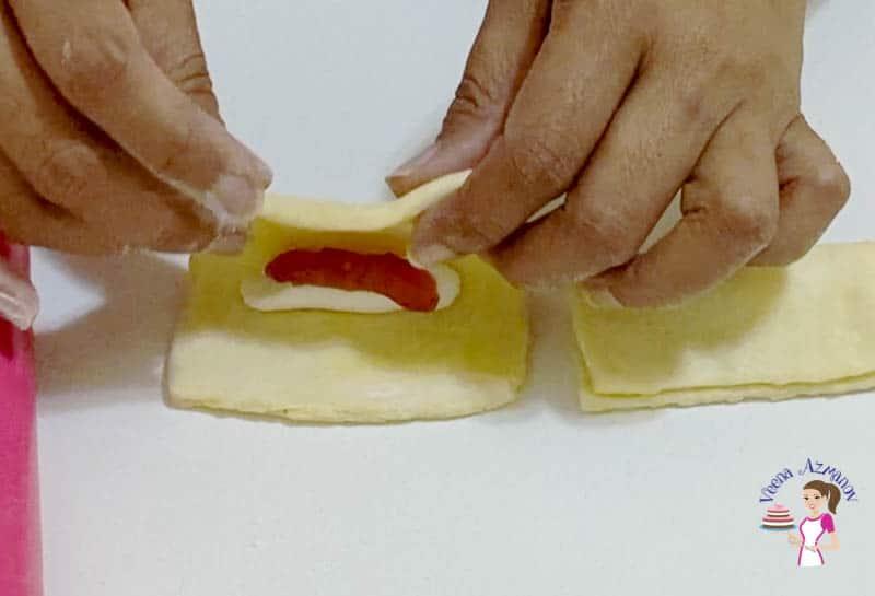 Shaping the danish cockscomb pastry