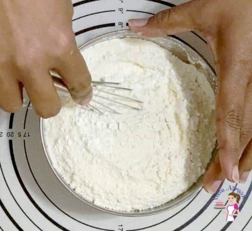 Combine the flour mixture