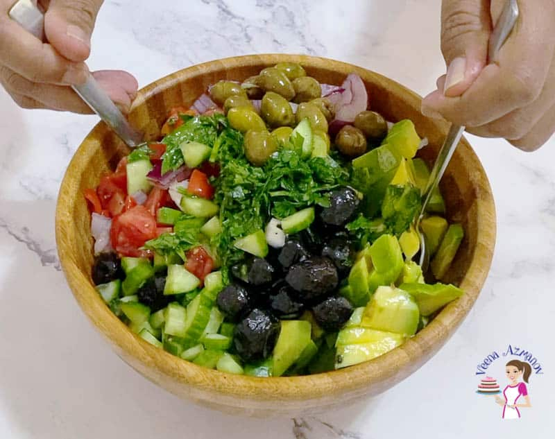 Combine the salad with two spoons