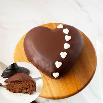 Chocolate mousse cake and slice