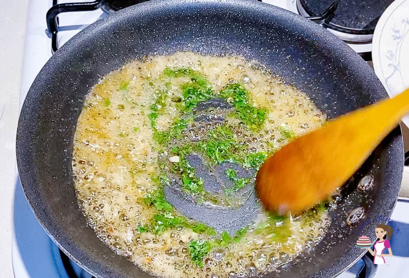 Add the parsley to the sauce