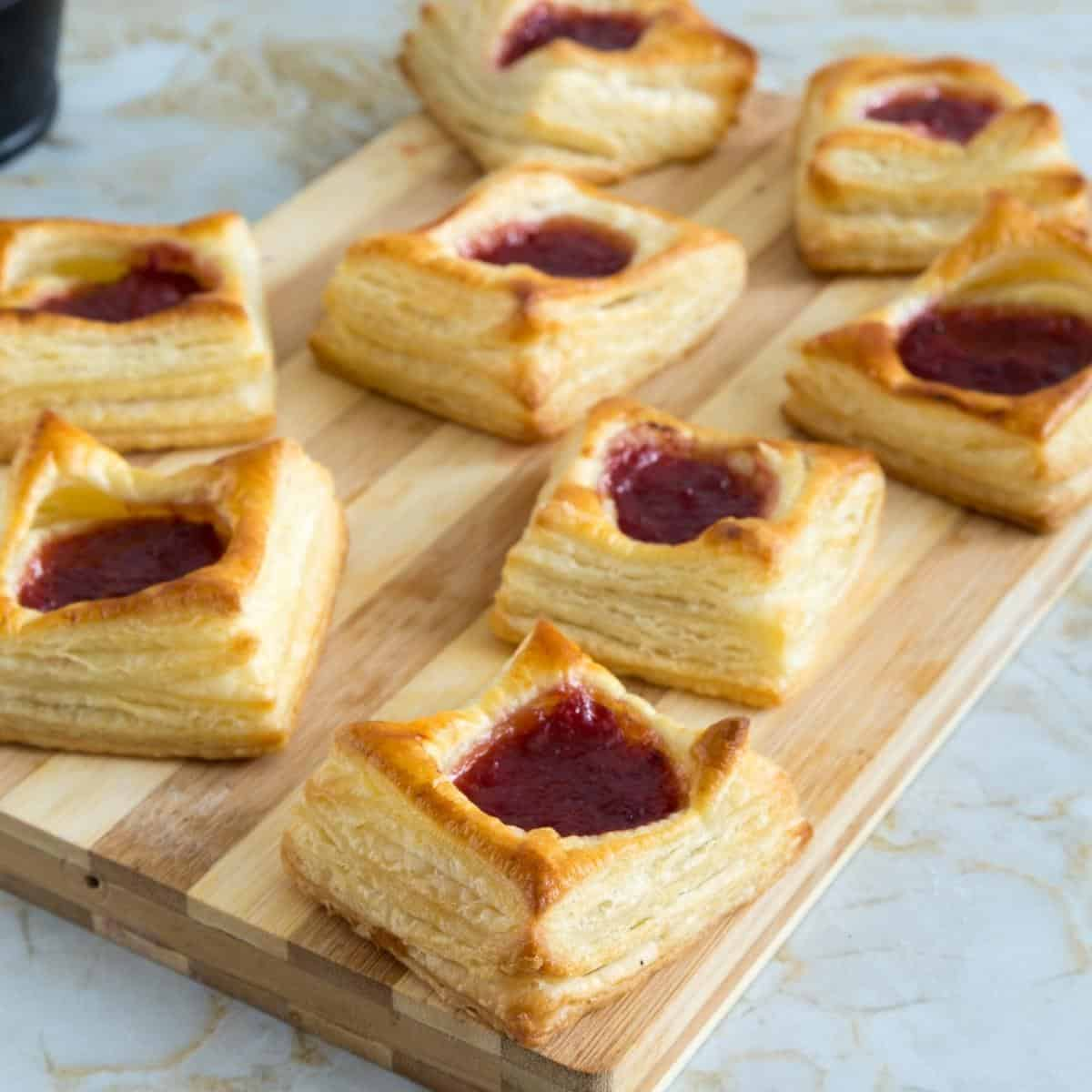 Jam tarts made with puff pastry dough