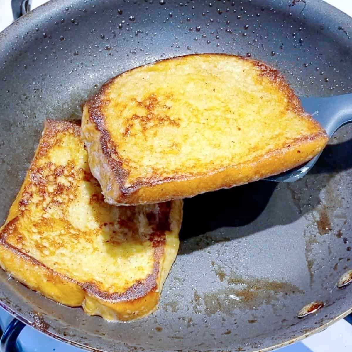 Progress pictures frying French toast on a plate.