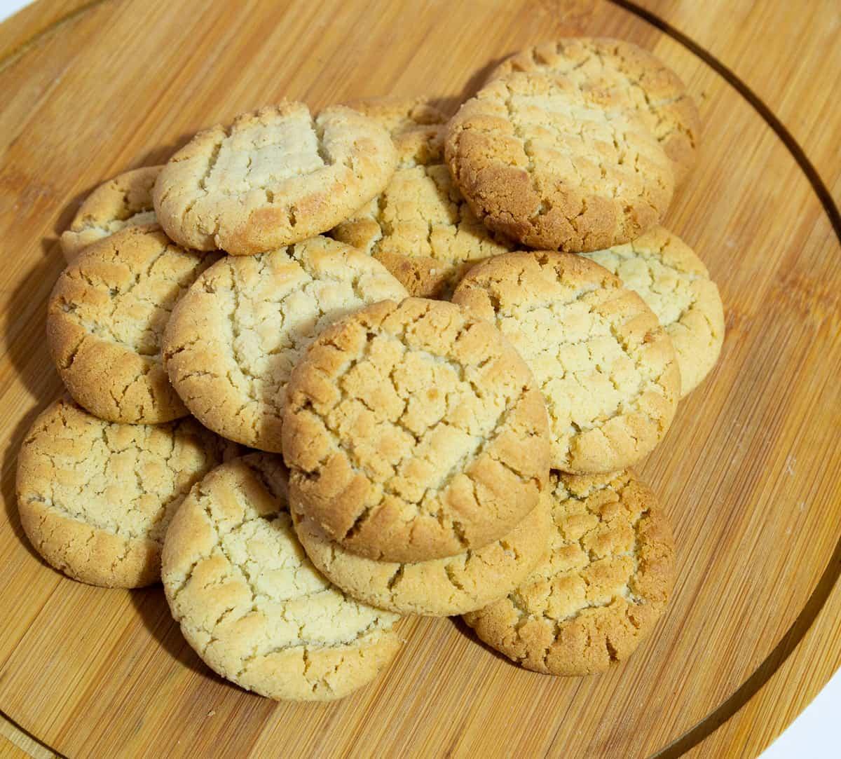 Tahini cookies on a board.